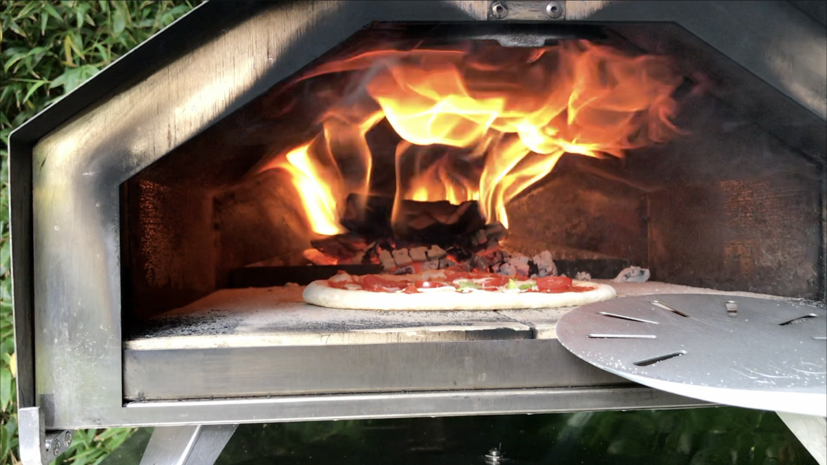 How to create a Perfect Pizza Flame in your Wood-fired Pizza Oven  – Fast!