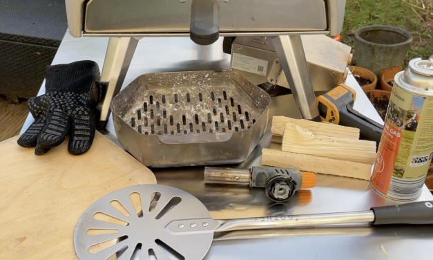 Pizza Tools To Use In The Ooni Karu 12 Pizza Oven