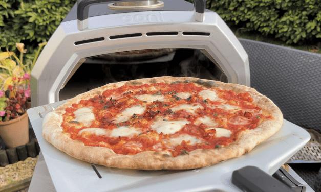 Ooni Karu 16 Gas Burner Pizza Cooking!